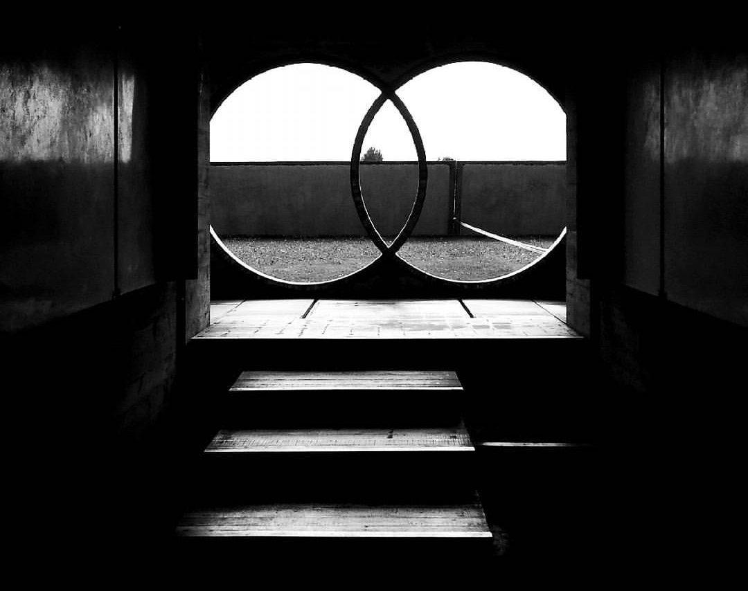 Tomba Brion _ gli anelli dei Propilei